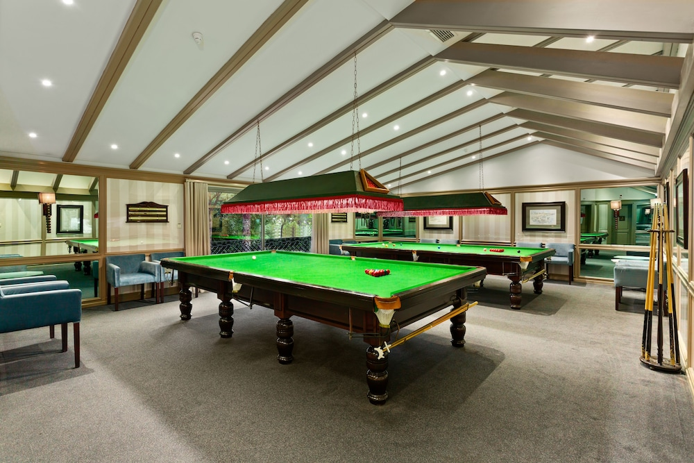 Billiards, Four Seasons Country Club