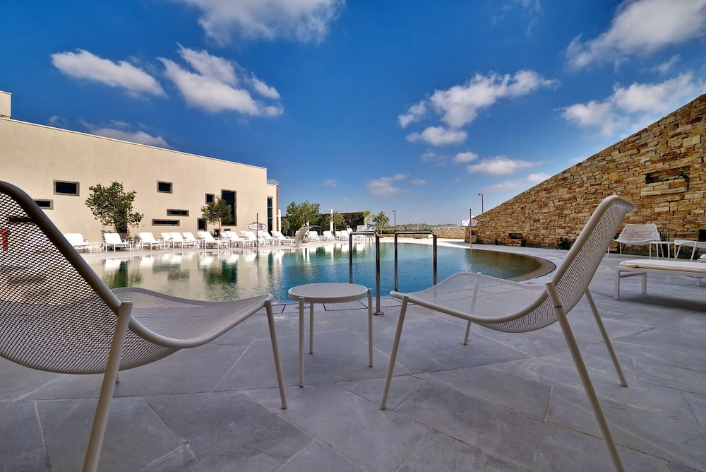 Outdoor Pool, Cramim Resort & Spa