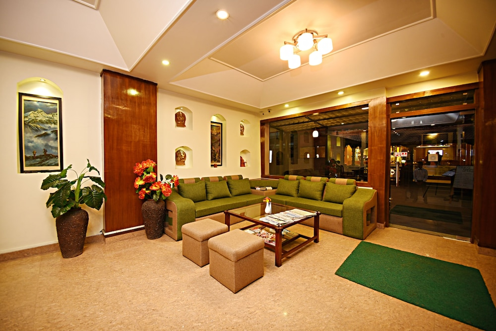Lobby Sitting Area, Hotel Friend's Home