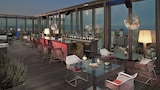 The Level At Melia Barcelona Sky - Barcelona Hotels
