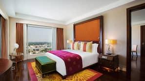1 bedroom, Frette Italian sheets, premium bedding, down duvet