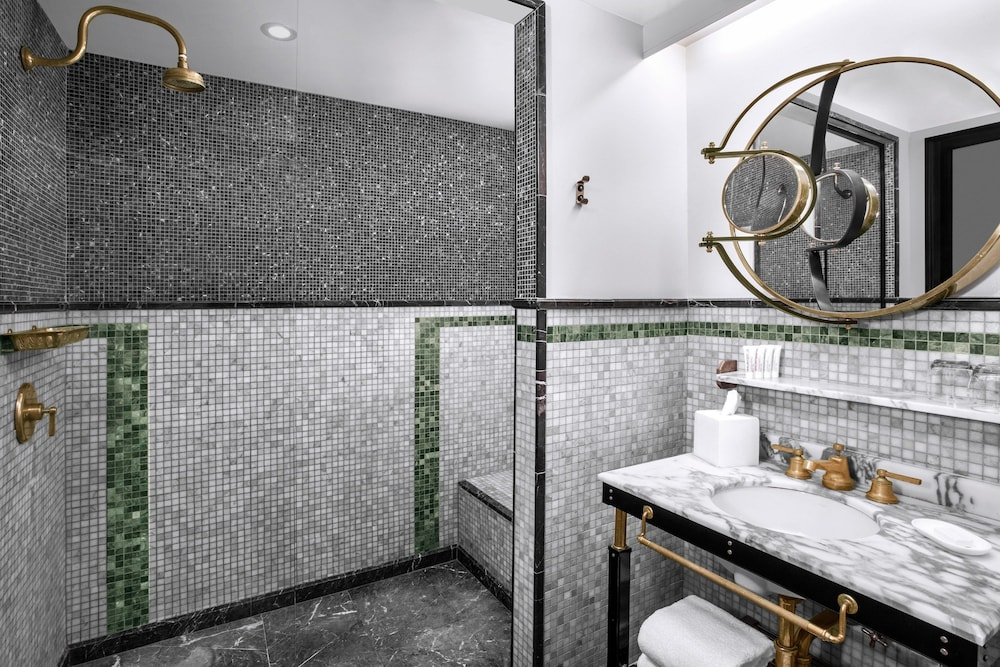 Bathroom, Le Meridien New York, Central Park