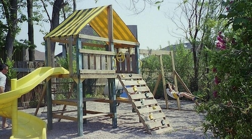 Children's Play Area - Outdoor, Blue Moon Motel
