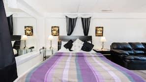 Egyptian cotton sheets, minibar, individually decorated