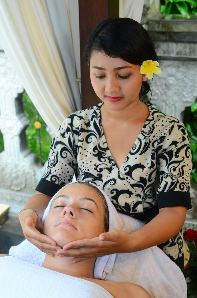 Spa Treatment, Tirta Ayu Hotel & Restaurant