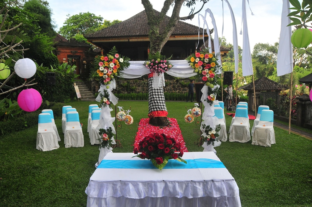 Outdoor Wedding Area, Tirta Ayu Hotel & Restaurant