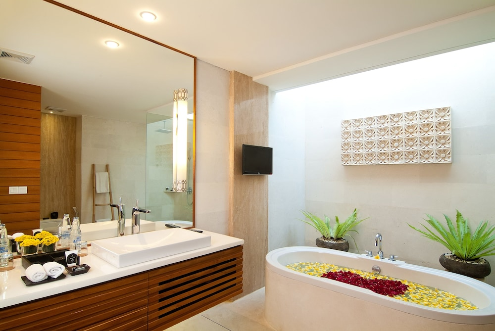 Bathroom, Maca Villas & Spa