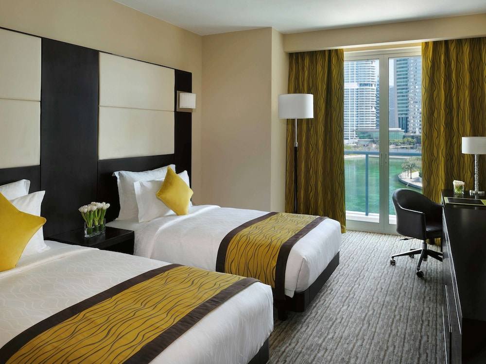 Room, Movenpick Hotel Jumeirah Lakes Towers