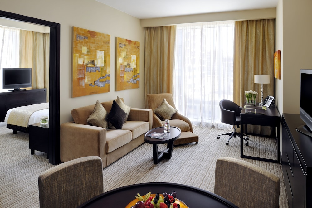 Living Room, Movenpick Hotel Jumeirah Lakes Towers