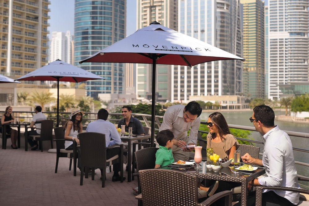 Terrace/Patio, Movenpick Hotel Jumeirah Lakes Towers