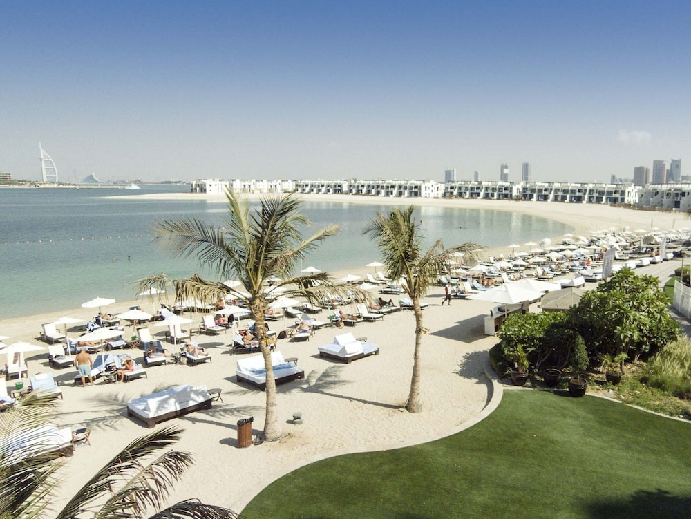 Beach/Ocean View, Movenpick Hotel Jumeirah Lakes Towers