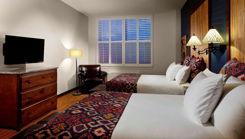 Room Amenity, Tailwater Lodge Altmar, Tapestry Collection by Hilton