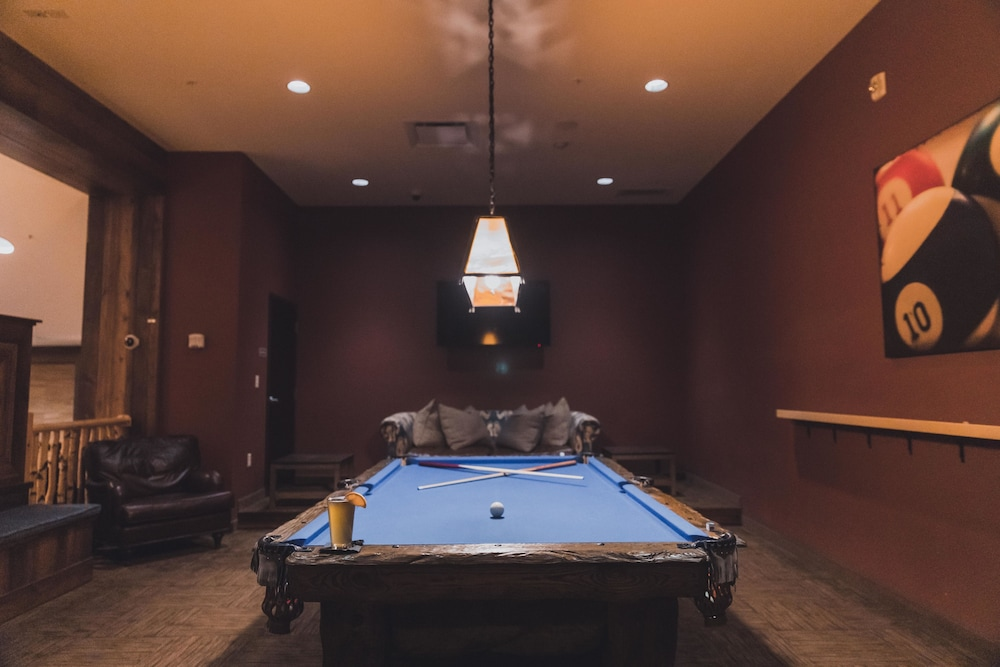 Billiards, Tailwater Lodge Altmar, Tapestry Collection by Hilton