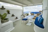 Iconic Santorini (18 of 60)