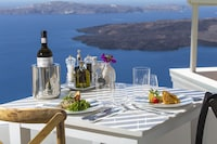 Iconic Santorini (30 of 60)