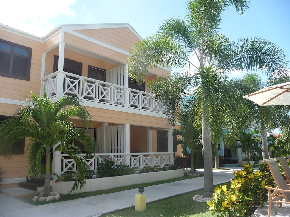 Front of Property, Buccaneer Beach Club