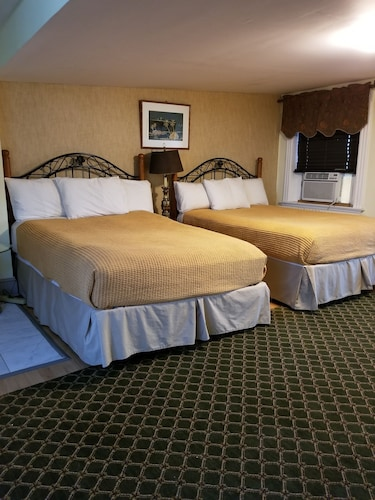 Great Place to stay Asante Sana Inn near Washington