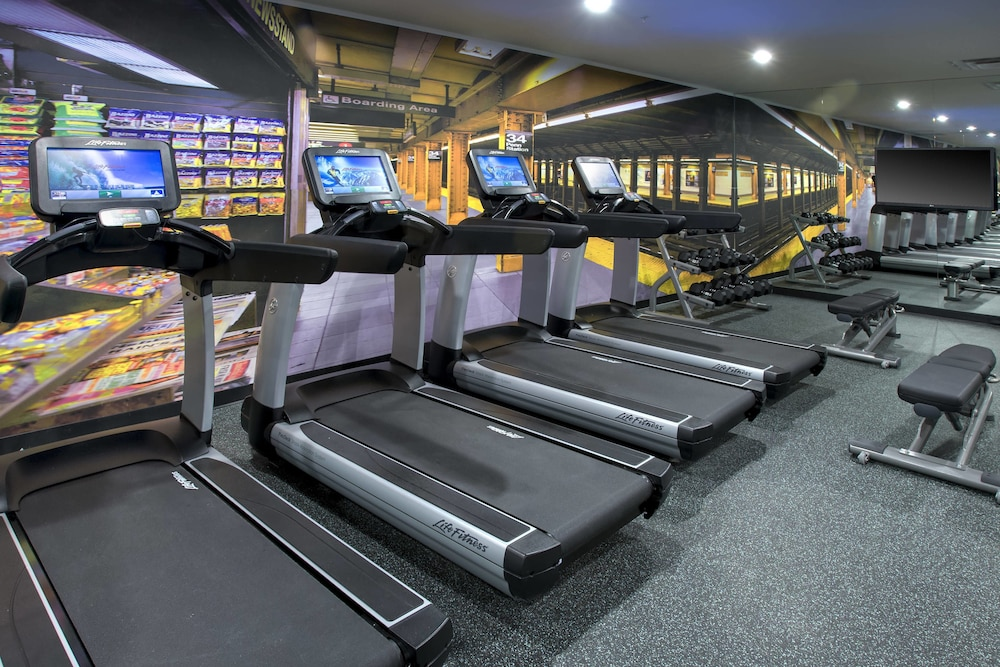 Fitness Facility, Courtyard by Marriott New York Manhattan / Chelsea
