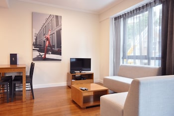 Premium Apartment, 1 Bedroom - Living Area