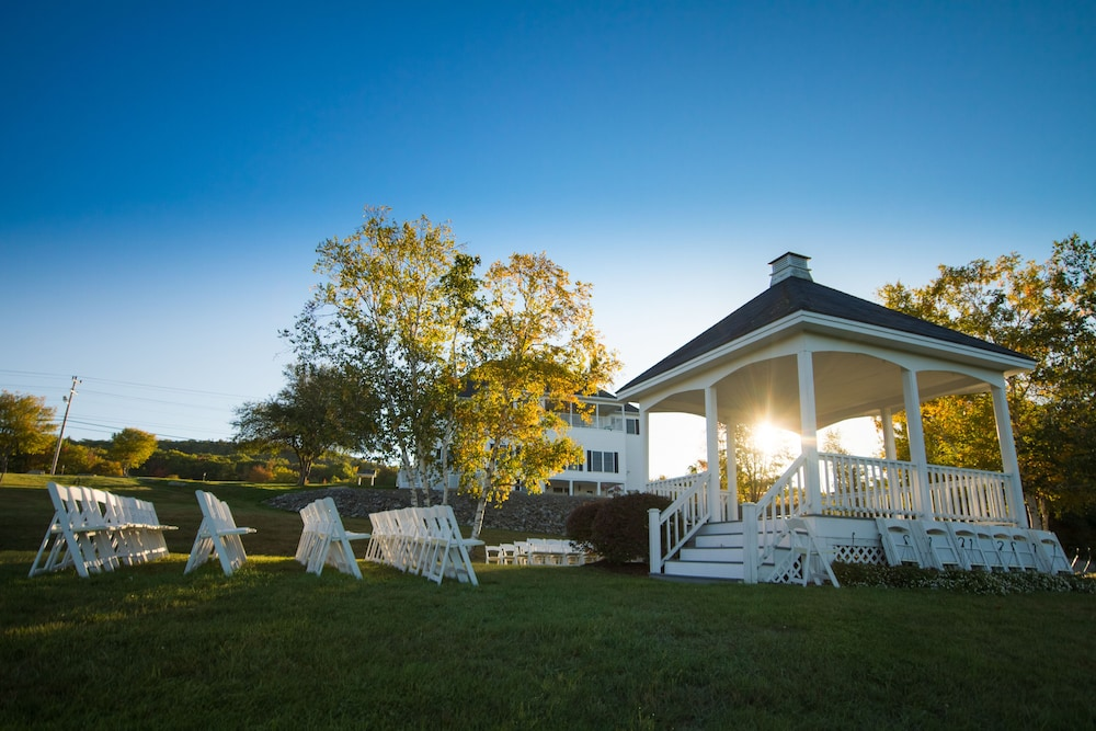Outdoor Wedding Area, The Lucerne Inn