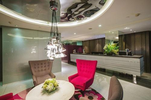 호텔 XYZ
