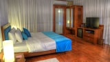 Teso Waterfront - Siolim Hotels