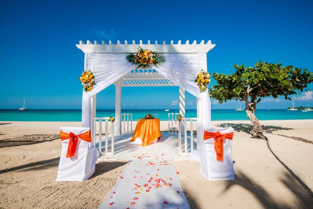 Azul Beach Hotel Negril Jamaica
