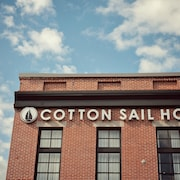The Cotton Sail Hotel, Tapestry Collection By Hilton