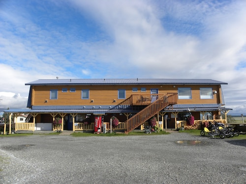 Great Place to stay Beluga Lookout Lodge and RV Park near Kenai