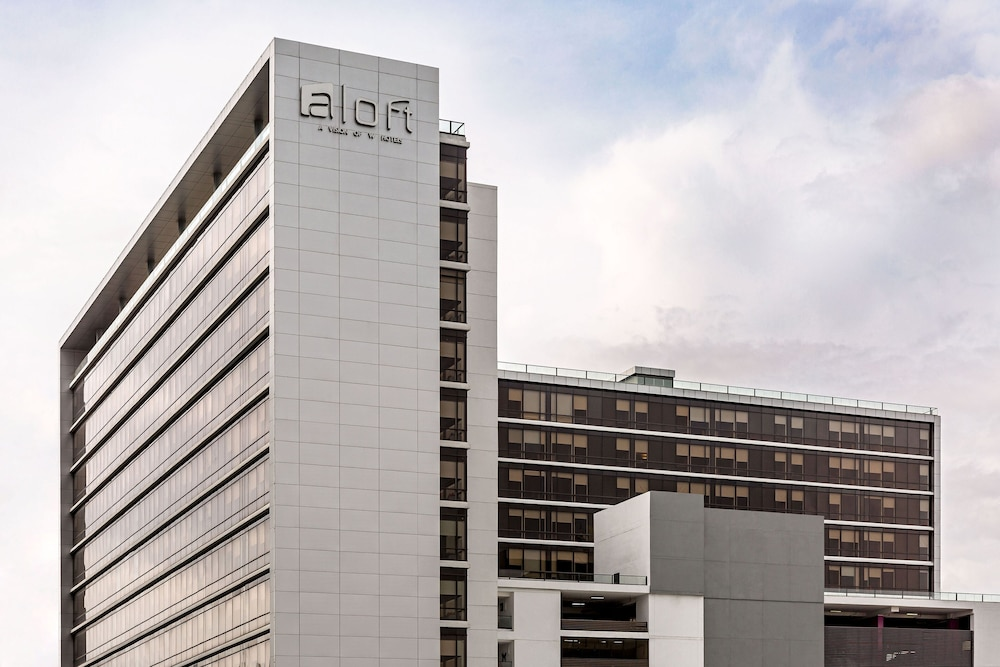 Featured Image, Aloft Panama