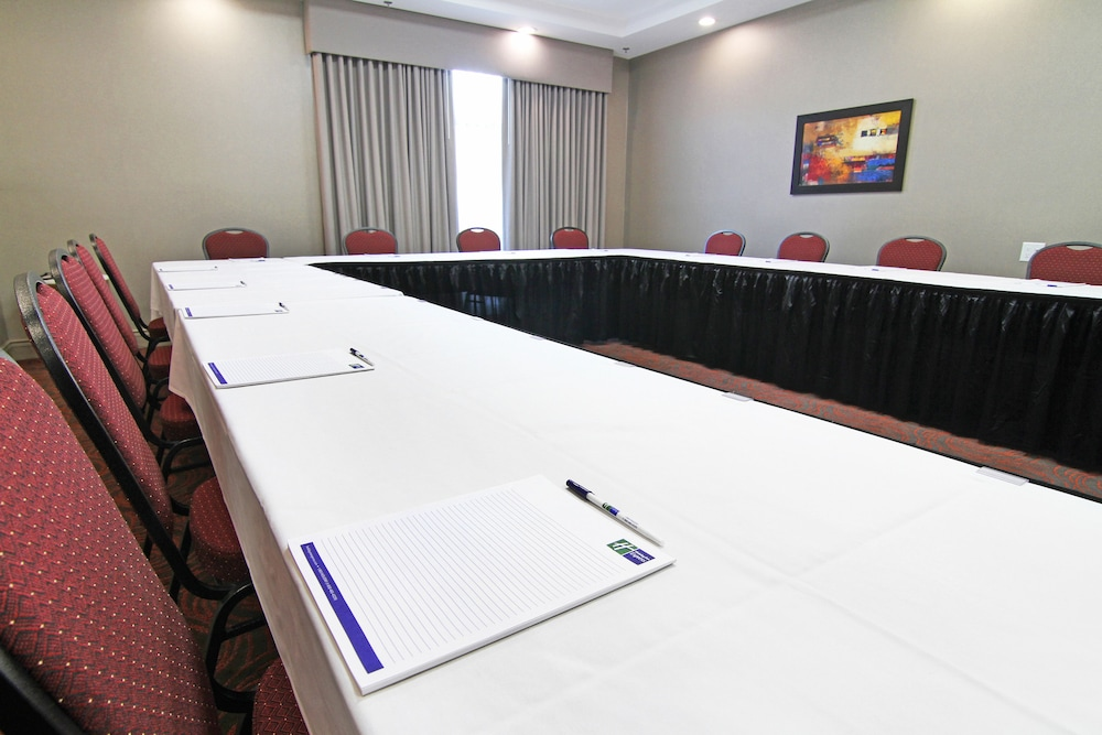 Meeting Facility, Holiday Inn Express & Suites Calgary NW - University Area, an IHG Hotel
