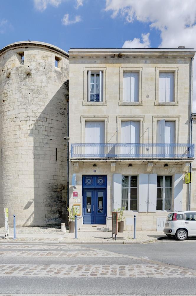 La tour du vieux port libourne room prices reviews travelocity - Tour du vieux port libourne ...