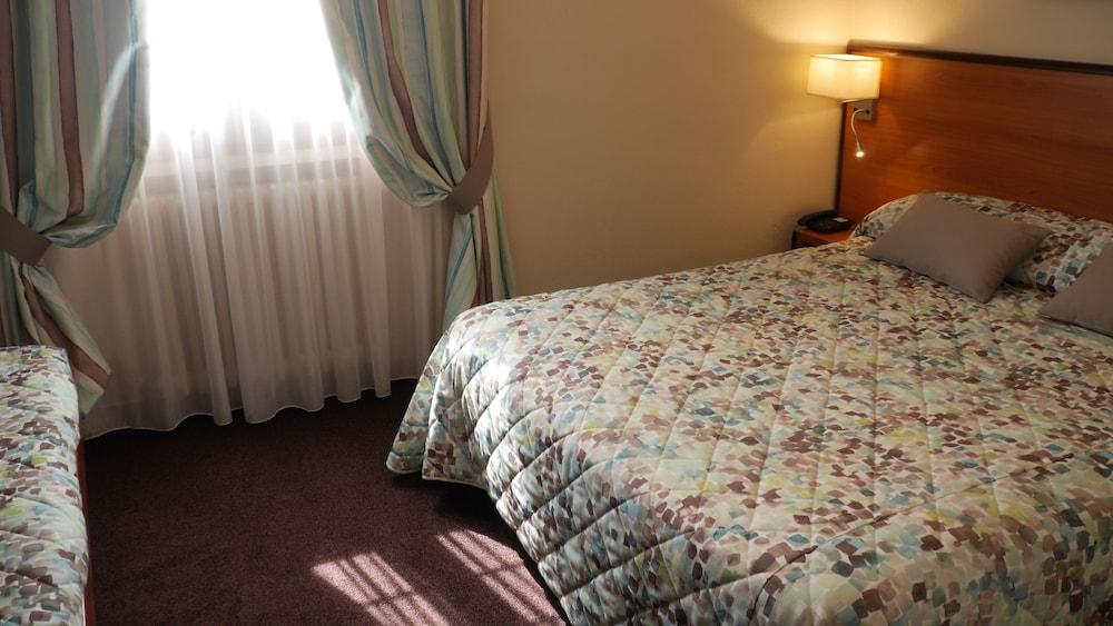 h tel saint georges deals reviews saint jean de maurienne fra wotif. Black Bedroom Furniture Sets. Home Design Ideas