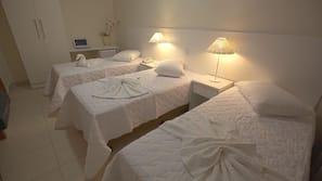10 quartos, camas com colchões pillow-top, frigobar, cofres nos quartos