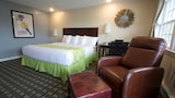 Hunters Green Motel - West Yarmouth Hotels