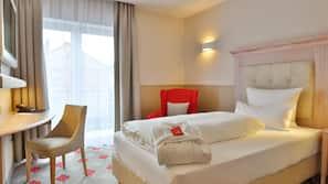 1 Schlafzimmer, hochwertige Bettwaren, Daunenbettdecken, Zimmersafe
