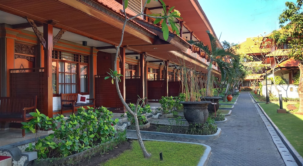 Grand Istana Rama Hotel Kuta Idn Best Price Guarantee Lastminute Com Au