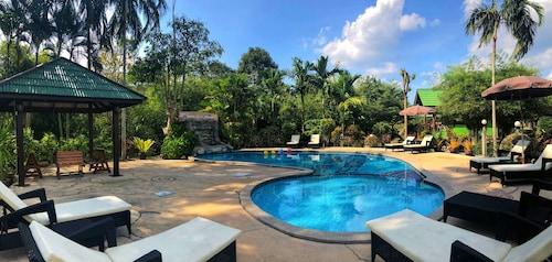 奧南班蘇安度假村