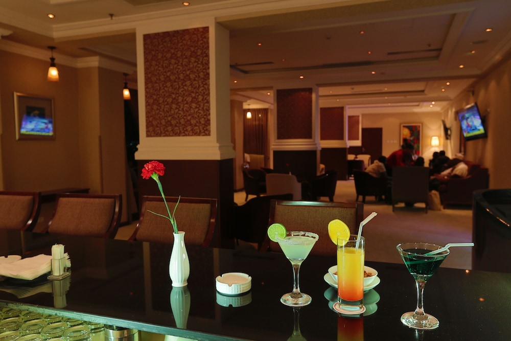 Lounge, Capital Hotel & Spa