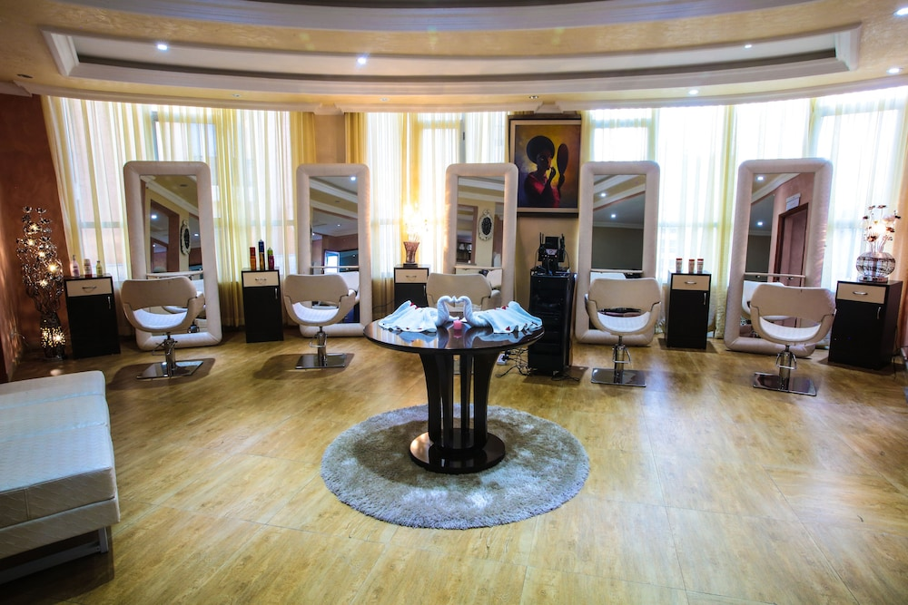 Hair Salon, Capital Hotel & Spa