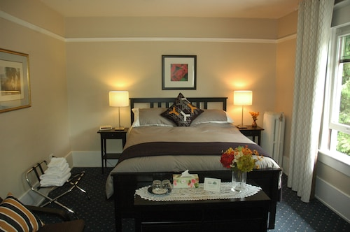 Check Expedia for Availability of Windsor Guest House