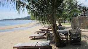 หาดส่วนตัว, บาร์ริมหาด