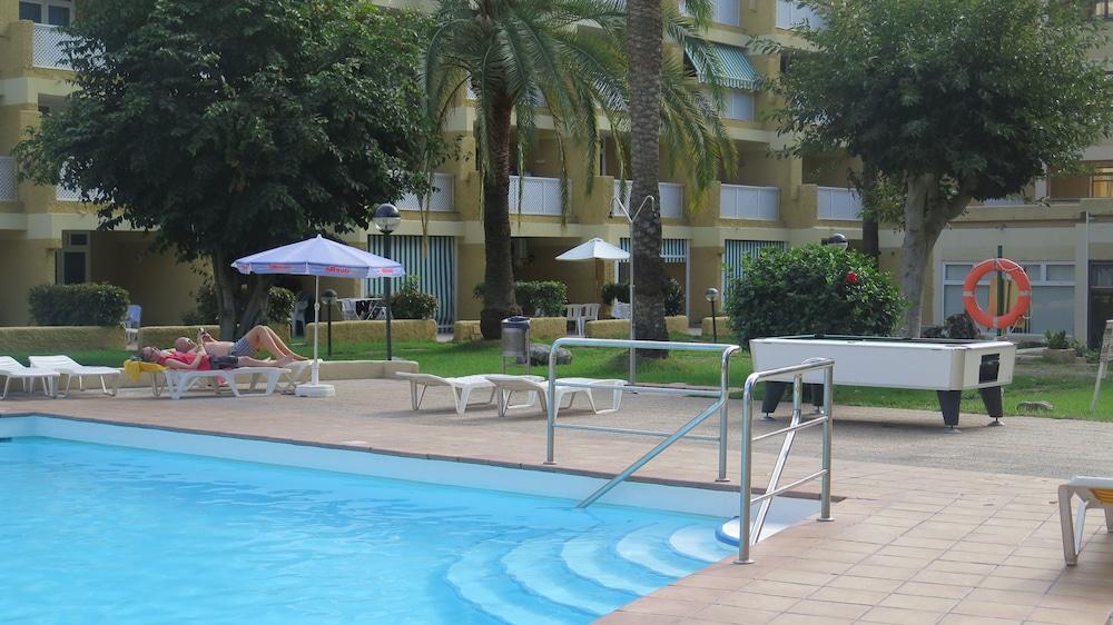 Book apartamentos jardin del atlantico gran canaria for Aparthotel jardin del atlantico
