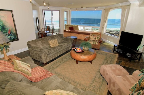Check Expedia for Availability of Beachfront Only Vacation Rentals