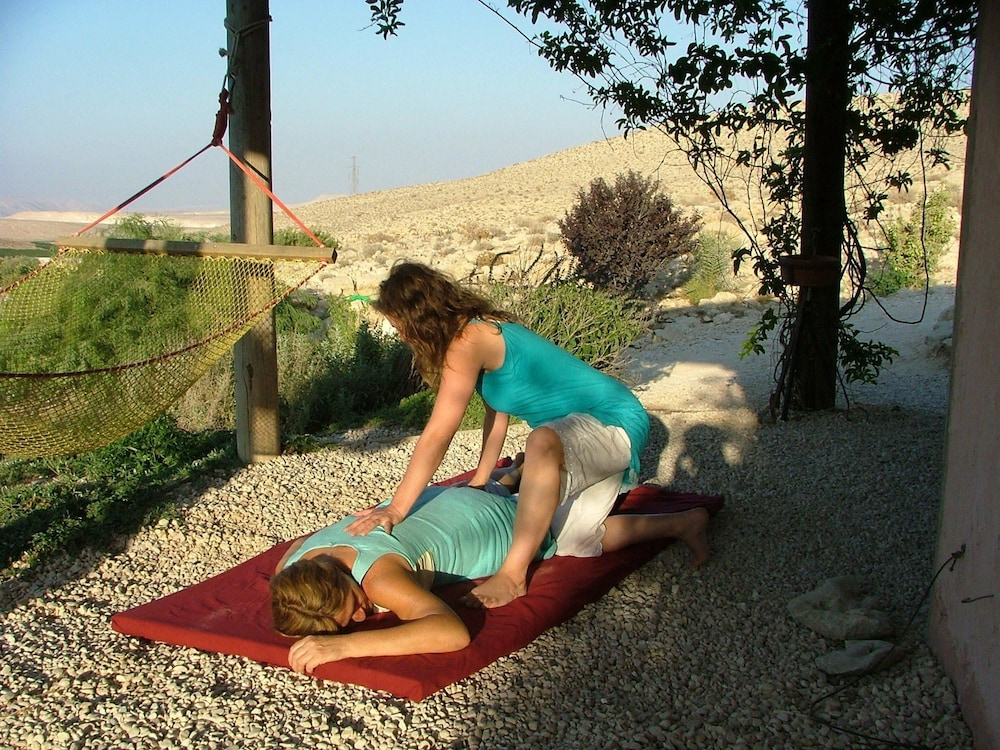 Massage, Carmey Avdat Farm