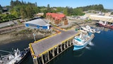 Whiskey Landing Lodge - Ucluelet Hotels