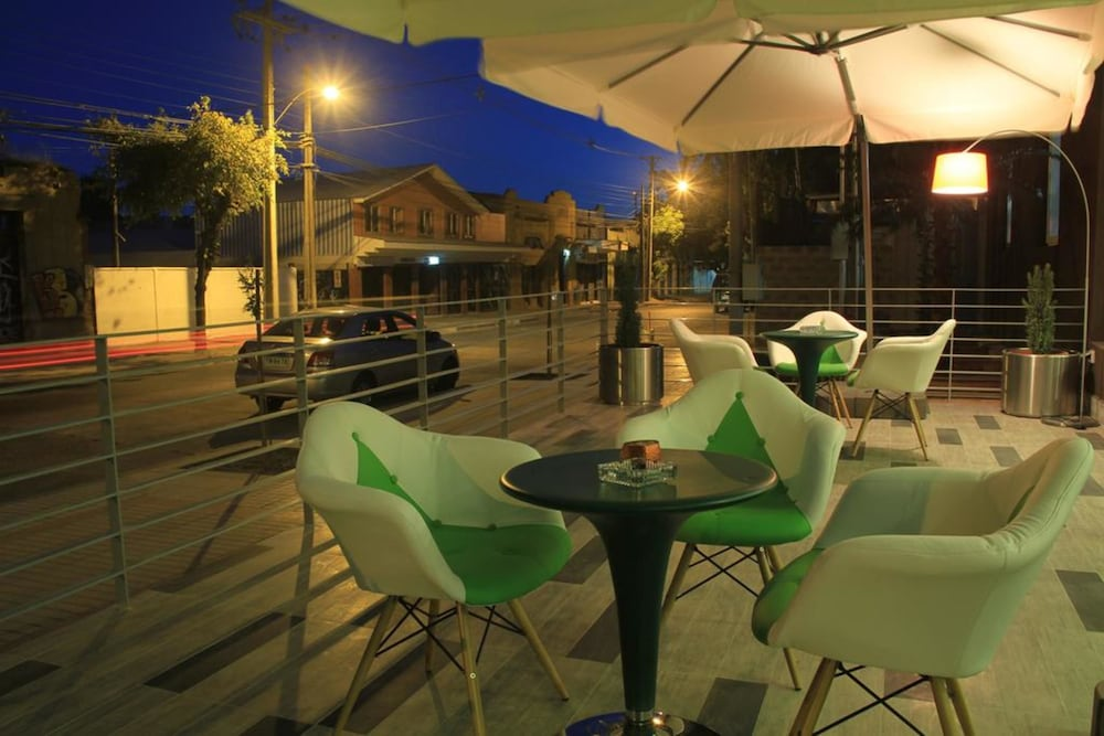 Outdoor Banquet Area, EcoHotel