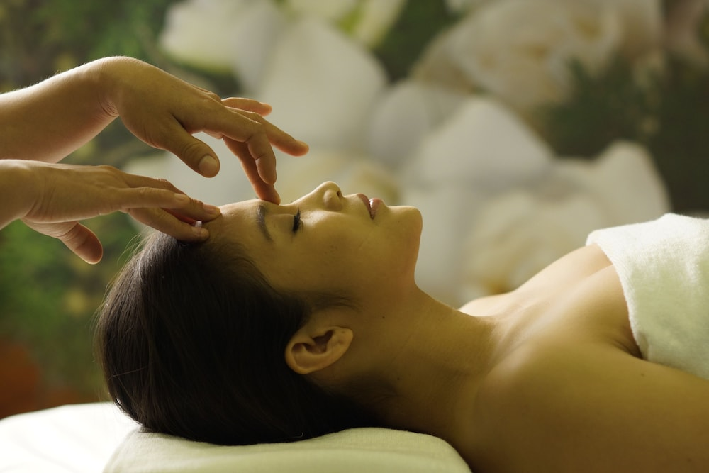 Massage, Mandarin Hotel Managed by Centre Point