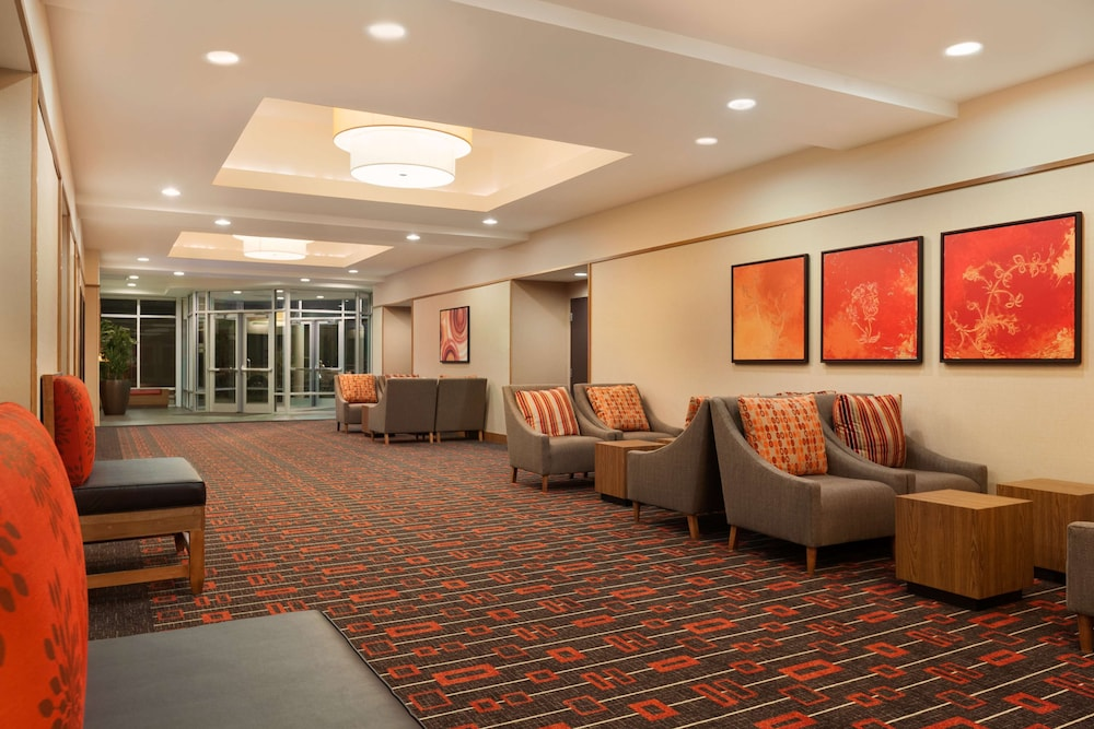 Lobby, Hyatt Place Houston / The Woodlands