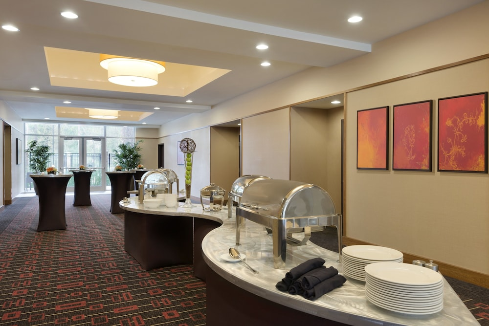 Reception Hall, Hyatt Place Houston / The Woodlands
